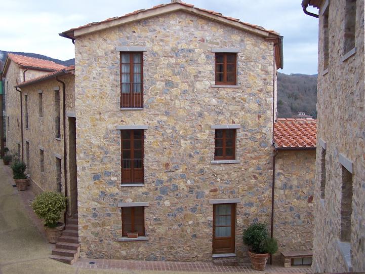 Complesso residenziale. Gaiole in Chianti