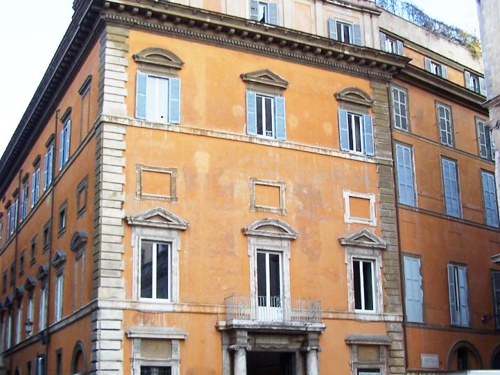 roma_palazzo_storico_infissi_finestre_porte6